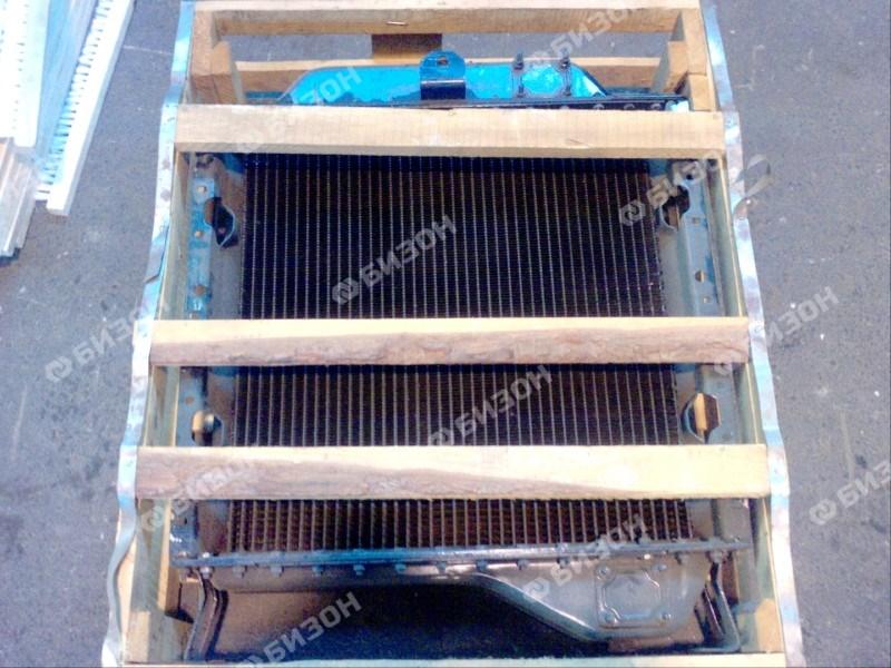 Радиатор водяной А-41, (ДТ-75) с патрубками (3-х рядный)